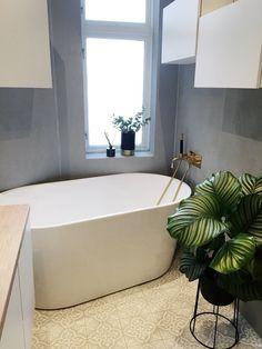 Processed with VSCO with preset Interior, Home, Clawfoot Bathtub, Bathroom, Toilet, Inspiration, Bathtub