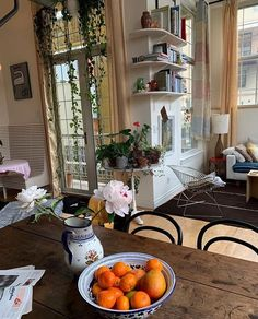 Home Interior Colors .Home Interior Colors Dream Apartment, Small Cozy Apartment, Apartment Interior, Decoration Design, Aesthetic Rooms, Dream Rooms, My New Room, House Rooms, My Dream Home