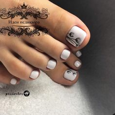 Semi-permanent varnish, false nails, patches: which manicure to choose? - My Nails Pretty Toe Nails, Cute Toe Nails, My Nails, Toe Nail Color, Toe Nail Art, Nail Colors, Feet Nail Design, Toe Nail Designs, Cute Pedicure Designs