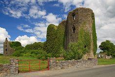 Castles of Connacht: Ballintober, Roscommon circa 1300 | by Mike Searle, via Geograph