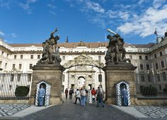 Prague_Castle_83479960811