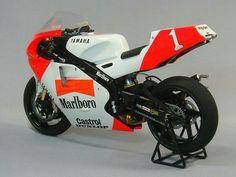Virginio ferrari yamaha ow01 500 vintage racers for Yamaha 500cc sport bikes