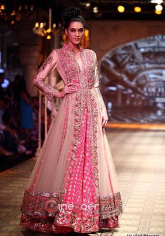 Beautiful manish malhotra lehenga