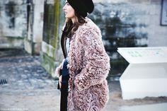 Paris_Fashion_Week_Fall_14-Street_Style-PFW-Fur_Coat-Beanie-