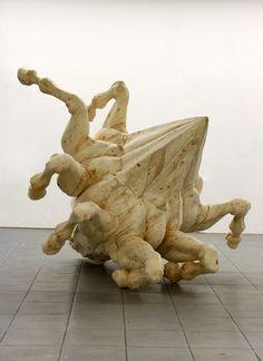 gregor gaid - Polygonal Horse  200 x 200 x 200 cm  wood
