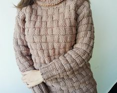 2-3 kg gemacht zu bestellen-Hand gestrickten Pullover | Etsy Mohair Yarn, Mohair Sweater, Men Sweater, Thick Sweaters, Hand Knitted Sweaters, Women's Sweaters, Handgestrickte Pullover, Woolen Clothes, Oversized Jumper