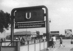 Berliner Untergrundbahn - Zugang zum U-Bahnhof Friedrichsfelde (Tierpark) (um 1958)