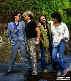 Van Halen ~ 1985 outside of 5150 Van Halen 2, Eddy Van Halen, Alex Van Halen, Rock Music, My Music, Anthony Bass, Wolfgang Van Halen, Van Hagar, Gary Cherone
