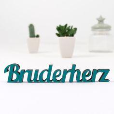 """Buchstaben & Schriftzüge - KLEINLAUT Holz-Schriftzug """"Bruderherz"""" - ein Designerstück von Wandkings-de bei DaWanda"""