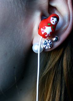Country House Earbuds in Nesting Dolls (Matrioshka)