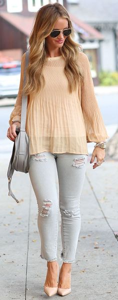 Dkw Styling Pastels And Neutrals Fall Streetstyle women fashion outfit clothing stylish apparel @roressclothes closet ideas