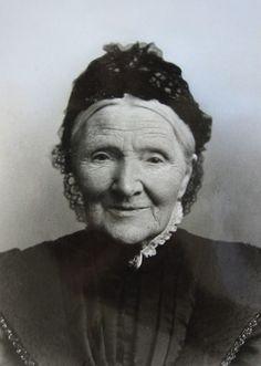 Vincent van Gogh's mother, Anna Cornelia van Gogh-Carbentus. Born: 10 September 1819, The Hague | Died 29 April 1907 in Leiden. http://www.vangoghaventure.com/english/chrono/mere.html