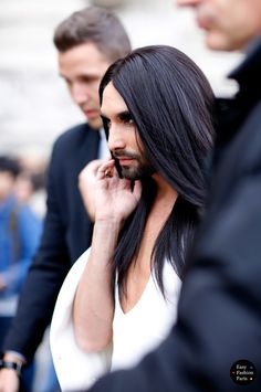 Easy Fashion: Conchita Wurst - RTW 2016 - PFW