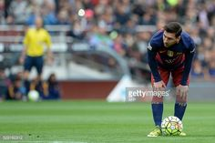 TOPSHOT Barcelona's Argentinian forward Lionel Messi prepares for shooting a free kick to score a goal during the Spanish league football match FC...