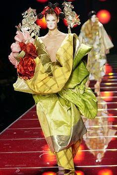 Christian Dior Spring 2003 Couture Fashion Show - Adina Fohlin, John Galliano