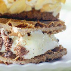 Recept - IJssandwich met koffiewafels - Allerhande