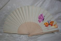 MaenArt: pintura en tela Painted Fan, Hair Ornaments, Diy And Crafts, Ladies Gloves, Hand Fans, Favors, Painting, Silk, Paper Fans