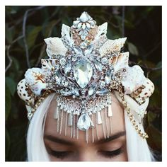 Large mermaid crown ❤ liked on Polyvore featuring home, home decor, handmade home decor and mermaid home decor