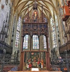 The original main altar of the Ulm Minster was destroyed by the iconoclasts of the Reformation. The current altarpiece from the early 16th century is a triptych showing figures of the Holy Family and the Last Supper in the predella.  #photo #ulmminster #ulm #500px #sept5 #deutschland #explorer #adventuretime #adventures #wanderlust #traveling #travelgram #travelingram #mytravelgram #instatraveling #traveler #igtravel #tourism #trip #travelphoto #iphone #instagood #germany #bestoftheday…