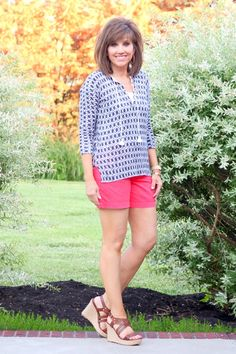 26 Days of Summer Fashion (Day 1) Summer style for women over 40.