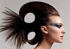 Natalie Portman& Avant Garde Hair - She& just cute no matter what Natalie Portman, High Fashion Hair, High Fashion Makeup, Club Fashion, Fashion Photo, Creative Hairstyles, Unique Hairstyles, Punk Hair Color, Photography Tattoo