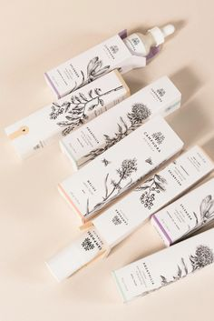 Menta is a graphic design studio that celebrates simplicity with a sip of nostalgia. Founded in Menta looks for inspiration in past decades and present times, to create meaningful brand identities that balance classic & contemporary aesthetics. Packaging Box Design, Tea Packaging, Print Packaging, Label Design, Package Design, Skincare Packaging, Cosmetic Packaging, Beauty Packaging, Web Design