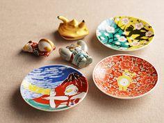 ウルトラJオンラインショップでも取り扱い開始! ウルトラマン × 日本の匠の工芸品のご紹介です。 皇室にも献上される最高級の伝統工…
