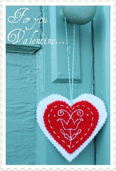 Hungarian Valentine Embroidery Pattern 01