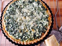 Tarta de Pollo y Zapallitos | RecetasArgentinas.net Salada Light, Vegetarian Recipes, Healthy Recipes, Empanadas, Light Recipes, Sin Gluten, Ricotta, Veggies, Pie
