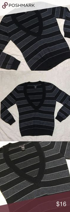 New York & Co Striped Sweater In great condition, worn a few times. Full sleeve Large-True to size 87% Acrylic 7% Polyester 5% Metallic 1% Nylon New York & Company Sweaters V-Necks