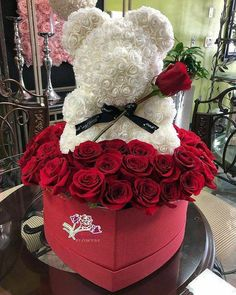 Made by order, delivery worldwide. Birthday Goals, Cute Birthday Gift, Flower Box Gift, Flower Boxes, Valentines Gifts For Her, Valentines Diy, Valentine Decorations, Balloon Decorations, Rosen Box