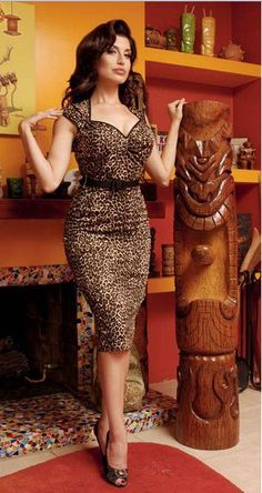 Smokin' leopard wiggle dress except I absolutely do not have the chest to pull it off