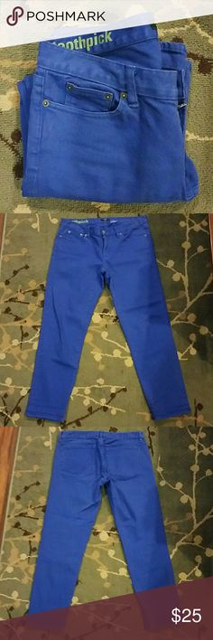 """J. Crew Toothpick Ankle Jeans Beautiful, bright blue! Excellent condition! 98% cotton, 1% spandex. 15.5"""" across waist flat, 8"""" rise, 25"""" inseam. J. Crew Jeans Skinny"""