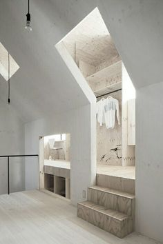 interior design inspiration: clothing room upstairs – beige and white design with lots of corners | interior design. Innenarchitektur . design d'intérieur | inspiration for architects |