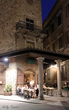 A restaurant/cafe' very close to our holiday apartment Margherita, very close to Santa Croce in Florence.