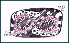 Crazy eyes! Mod bowl at @Etsy #opart #mod #retro #graphicart #eyes #jewelrytray #keybowl #trinkettray http://etsy.me/2kFs4uD