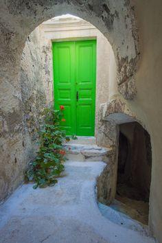 Green Door in Emporio, Santorini