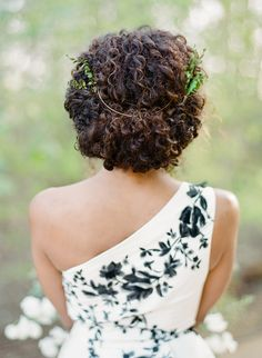 Boho chic hairstyle: Photography: Rebecca Yale Photography - rebeccayalephotography.com   Read More on SMP: http://www.stylemepretty.com/2017/04/25/french-blue-and-cherry-blossom-spring-wedding-inspiration/