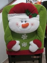 Paso a paso hacer cubre sillas navideños Christmas Clay, Beaded Christmas Ornaments, Christmas Sewing, Christmas Items, All Things Christmas, Merry Christmas, Christmas Decorations, Xmas, Christmas Chair Covers