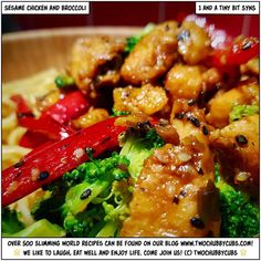 Looking for a gorgeous fakeaway to get you through the night? Our ONE SYN sesame chicken and broccoli dinner is absolutely gorgeous! All in one pan too! Healthy Family Meals, Healthy Eating Recipes, Healthy Foods To Eat, Cooking Recipes, Slimming World Dinners, Slimming World Recipes, Sw Meals, Diet Meals, Sesame Chicken