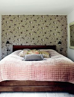 Neat and Small Bedroom
