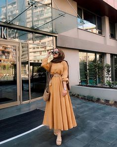 Muslim Fashion 54746951707746887 - Source by tussieaulika Modern Hijab Fashion, Hijab Fashion Inspiration, Muslim Fashion, Mode Inspiration, Modest Fashion, Fashion Clothes, Fashion Dresses, Muslim Girls, Muslim Women