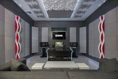 Studio I with Vicoustic acoustic panels. A 4,000 sq ft complex featuring 3 studios, a recording room, and an artist lounge, home to Luca Petrolesi and Ronnie F. Lee. Dangerous Music, Sound Studio, Professional Audio, Studio Equipment, Studio Furniture, Acoustic Panels, Red Interiors, Lounge Areas, Custom Design