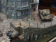 Miniscaping: Berlin 1945 by diego cuenca Military Diorama, World War Ii, Scale Models, Tanks, Berlin, Battle, Girls, Dioramas, Model Building