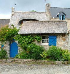 Restored seaman's cabin, Île-aux-Moines, Golfe du Morbihan. Brittany