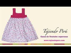 Visita mi página: http://www.tejiendoperu.com/ y encontrarás muchos tutoriales más! Colorido vestido tejido con la pechera hecho con pastillas cuadradas y fa...