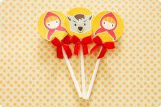 Festa Pronta – Chapeuzinho Vermelho - Tuty - Arte & Mimos www.tuty.com.br Que tal usar esta inspiração para a próxima festa? Entre em contato com a gente! www.tuty.com.br #festa #cute #happy #fun #personalizada #pronta #party #tuty #flores #chapeuzinho #vermelho