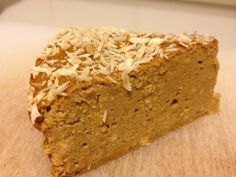 Low carb pumpkin cinnamon protein cake