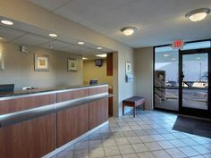 Goodlettsville (TN) Red Roof Inn Nashville North - Goodlettsville United States, North America Set in a prime location of Goodlettsville (TN), Red Roof Inn Nashville North - Goodlettsville puts everything the city has to offer just outside your doorstep. Both business travelers and tourists can enjoy the hotel's facilities and services. 24-hour front desk, facilities for disabled guests, Wi-Fi in public areas, car park, laundry service are on the list of things guests can enjo...