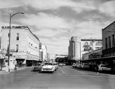 looking north on Alamo Street from Market Street, 11.13.62.. A few years later, the buildings in the foreground were demolished so that the SA River could be extended to the HemisFair '68 site